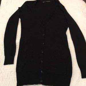Black Long sleeve v-neck button down long sweater